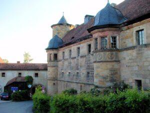 Schloss Wernstein, Seitenansicht