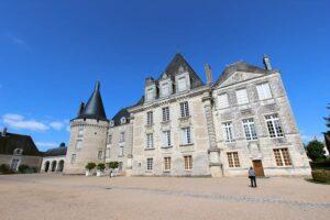 Château d'Azay-le-Ferron, vom Garten aus gesehen