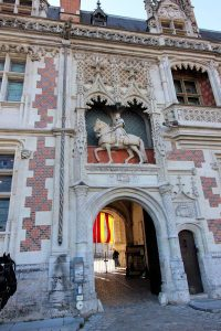 Château de Blois, Torhaus & Portal