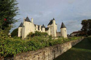 Schloss Le Rivau, Blick aus dem Garten