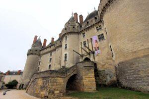 Schloss Langeais (Loire), Zugbrücke & Schildwall