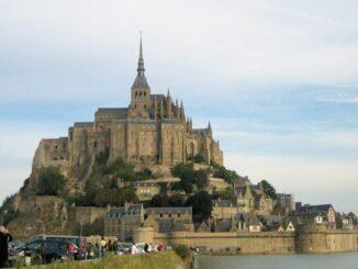 Le Mont Saint Michel, vom Damm aus gesehen