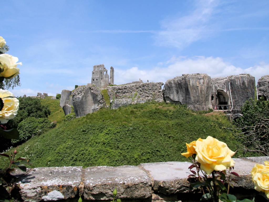 Corfe-Castle_1327_Keyvisual