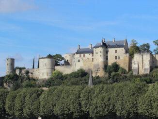 Gesamtansicht Burg Chinon