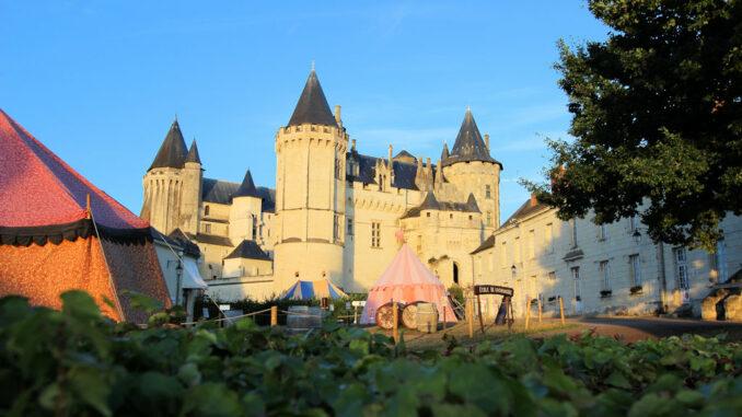 Chateau-de-Saumur_Vorhof_5291