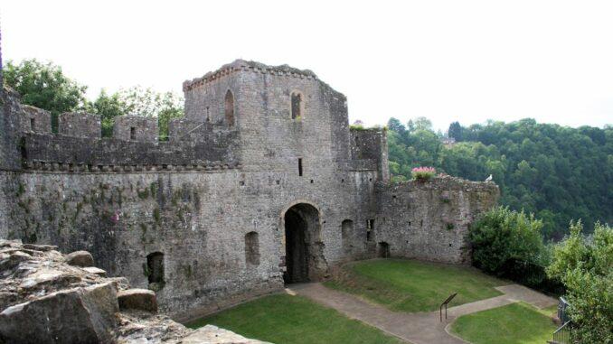 Eines der Torhäuser von Chepstow Castle, Wales / Great Britain