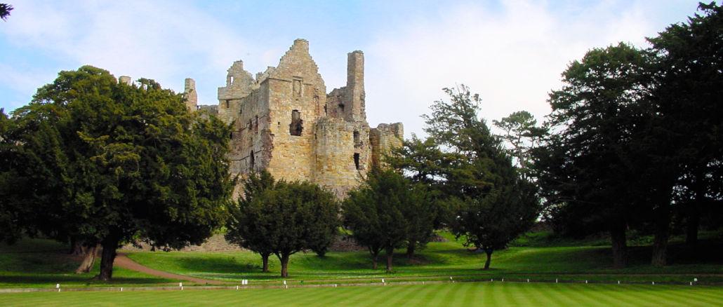 Dirleton-Castle-Schottland_0089_kv