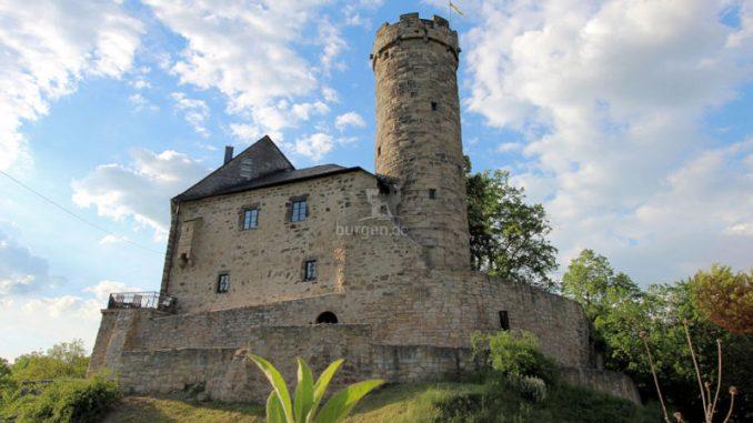 Burg-Greifenstein-07422_Palas+Bergfried_2412