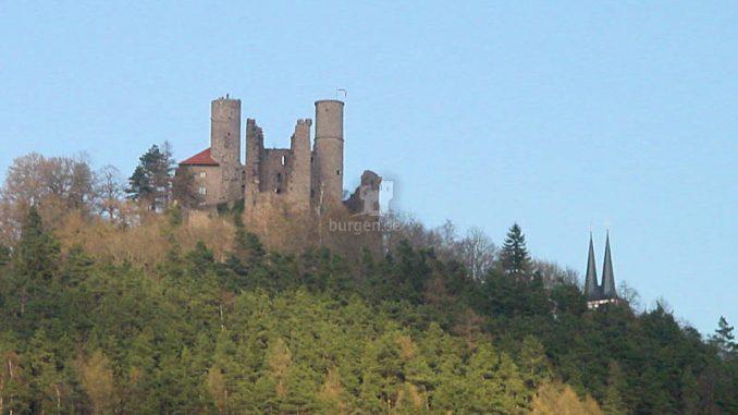 Burg-Hanstein_0086_Seitenansicht