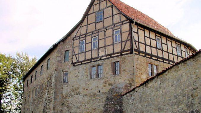 Burg-Scharfenstein_0021_Palas-aussen