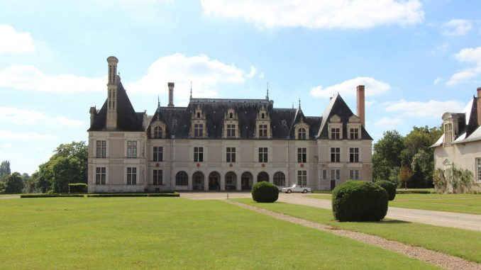 Chateau-Beauregard_6886_Eingang