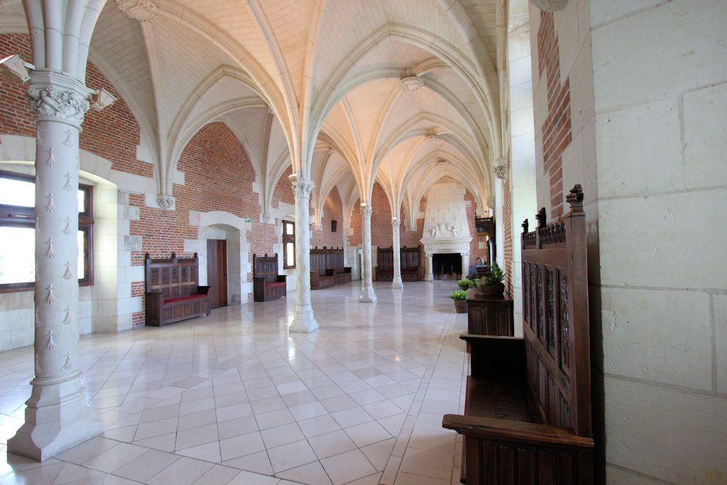 Chateau-d-Amboise_Trohnsaal_6631