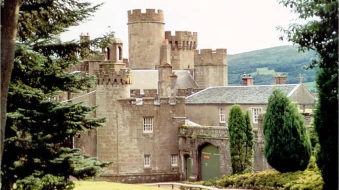 Balloch-Castle_678
