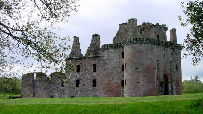 Caerlaverock-Castle_0038