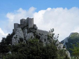 Château de Puilaurens (Frankreich) - Hauptansicht