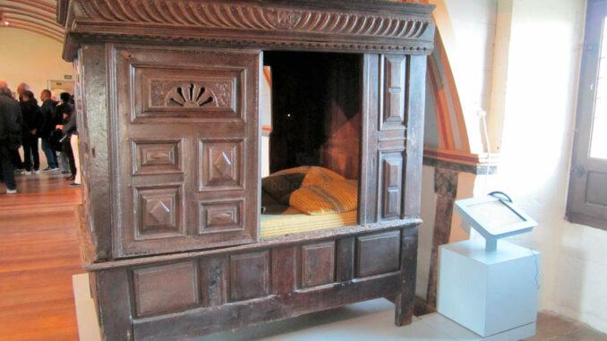 Chateau-de-Kerjean_0738_Bett