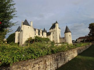 Blick aus dem Garten: Chateau de Rivau, Loiregebiet