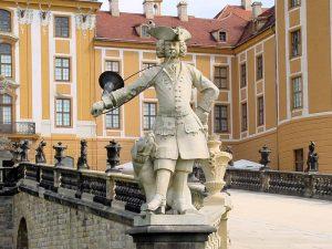 Schloss Moritzburg, Sachsen - Statue im Park