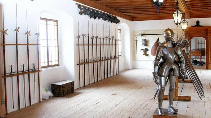 Schloss-Rosenburg_Rittersaal_Lichtstark-V5J4801