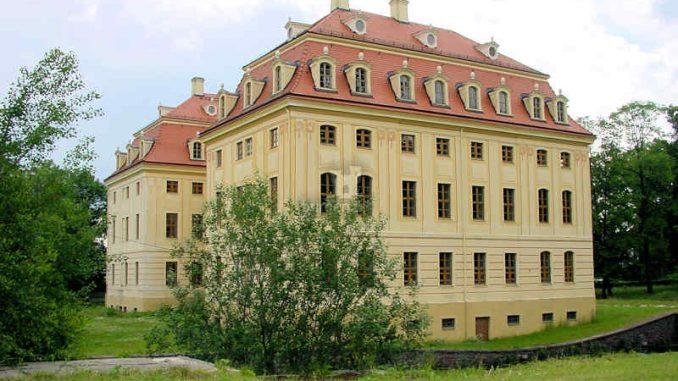 Schloss-Wachau_Seitenansicht_0014