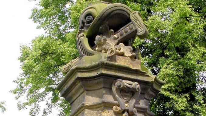 Schloss-Wachau_Statue_0015