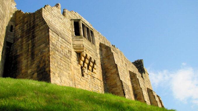 Barnard-Castle_0052_Palas-mit-Erker
