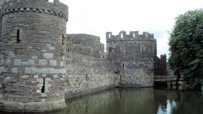 Beaumaris-Castle_Bruecke