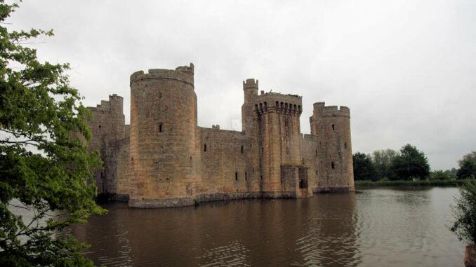 Bodiam-Castle_0358-Rueckseite
