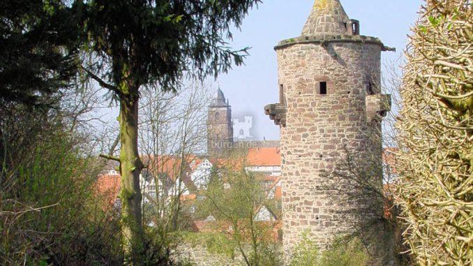 Burg-Grebenstein_Stadtturm