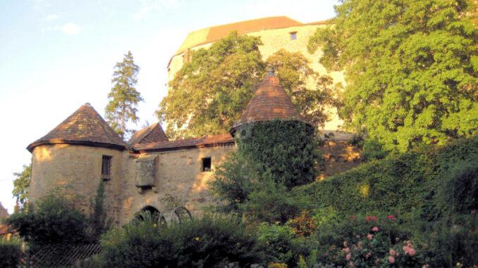 Burg-Guttenberg_Pechnase-1