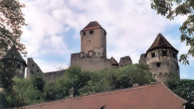 Burg-Hornberg_Seitenansicht