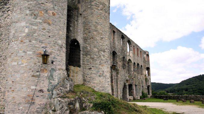 Burg-Koenigstein_Palas-Details_0243