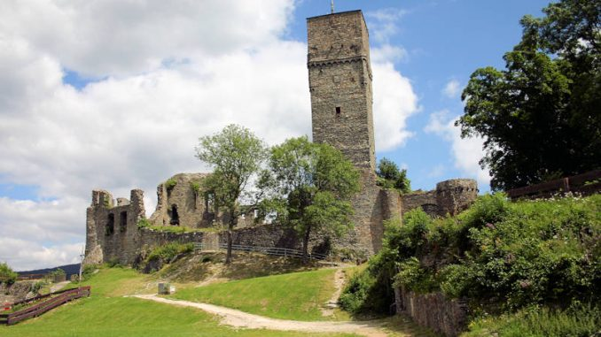 Burg-Koenigstein_Panorama_0182