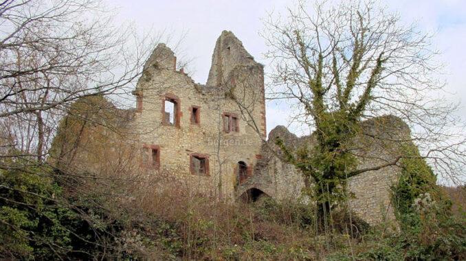 Burg-Landeck_0059_geisterhaft