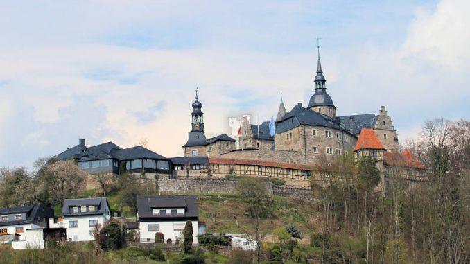 Burg-Lauenstein_2020_Seitenansicht