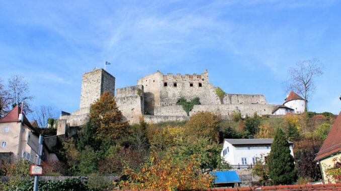Burg-Pappenheim_7612_Blick-vom-Ort