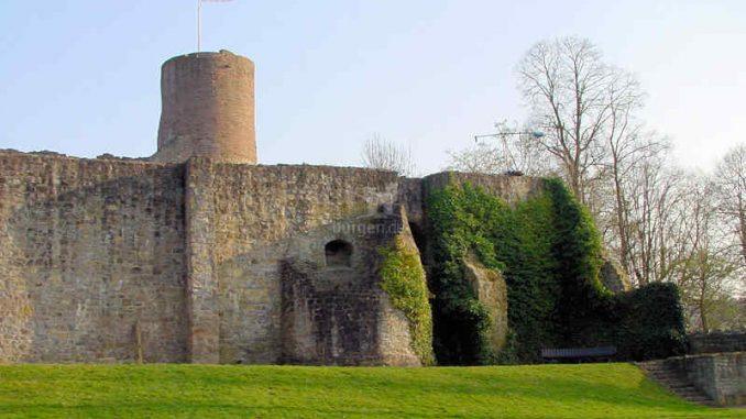 Burg-Polle_Innenansicht-1