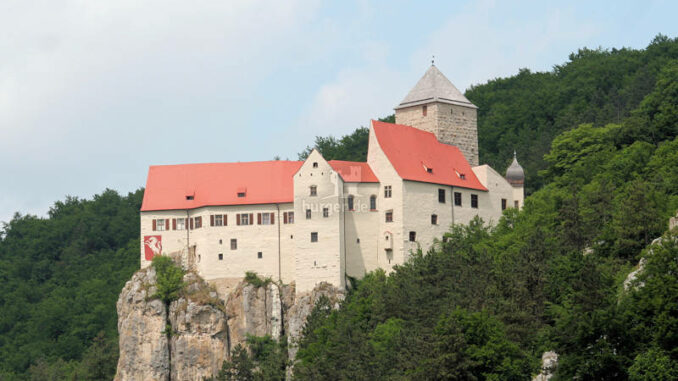 Burg-Prunn_6680_Panorama