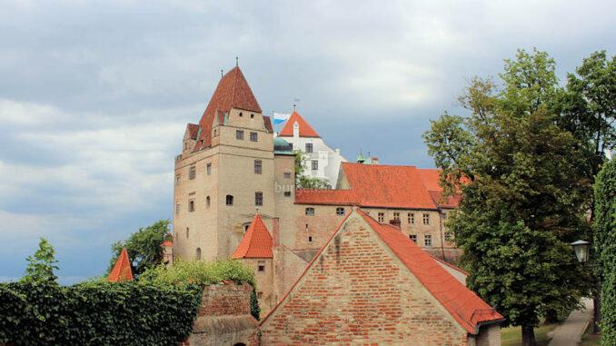 Burg-Trausnitz_4307_Seitenansicht