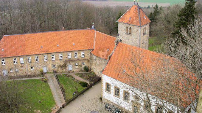 Burg-Wohldenberg_Innenhof_0021