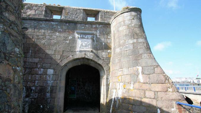 Castle-Cornet_9468_Innentor