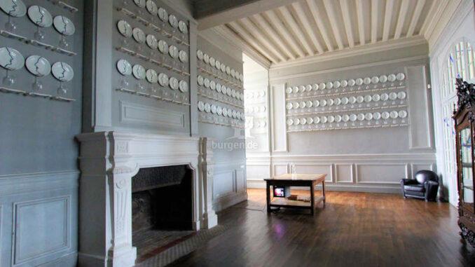 Chateau-d-Oiron_5596_Teller-fuer-alle