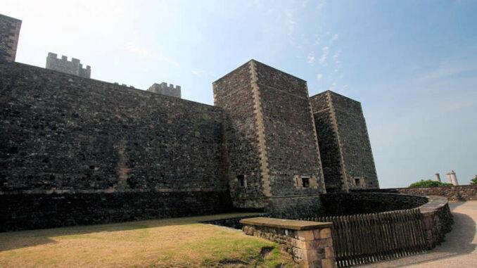 Dover-Castle_0221_Seiteneingang