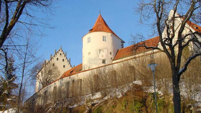 Hohes-Schloss-Fuessen_0091_Aufgang