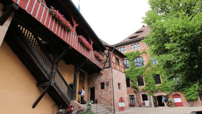 Kaiserburg-Nuernberg_141_Eingang-Museum