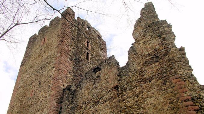 Kastelburg_0023_Hauptturm