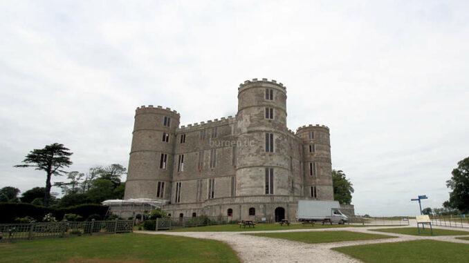 Lulworth-Castle_1334_Vorderseite
