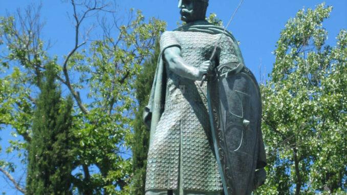 Paco-dos-Duques-de-Braganca-Guimaraes_7754_Afonso