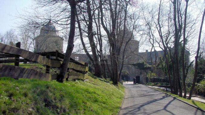 Sababurg_Zufahrt
