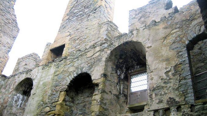 Scalloway-Castle_9163